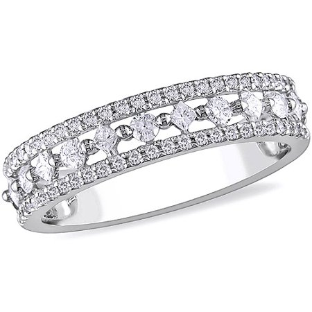 1/2 Carat T.W. Princess Cut Diamond Ring in 10kt White (Princess Cut Diamond Ring Guard)