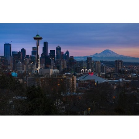 The City Skyline of Seattle, Washington from Kerry Park - Queen Anne - Seattle, Washington Print Wall Art By Dan Holz (Holz Brillenetui)