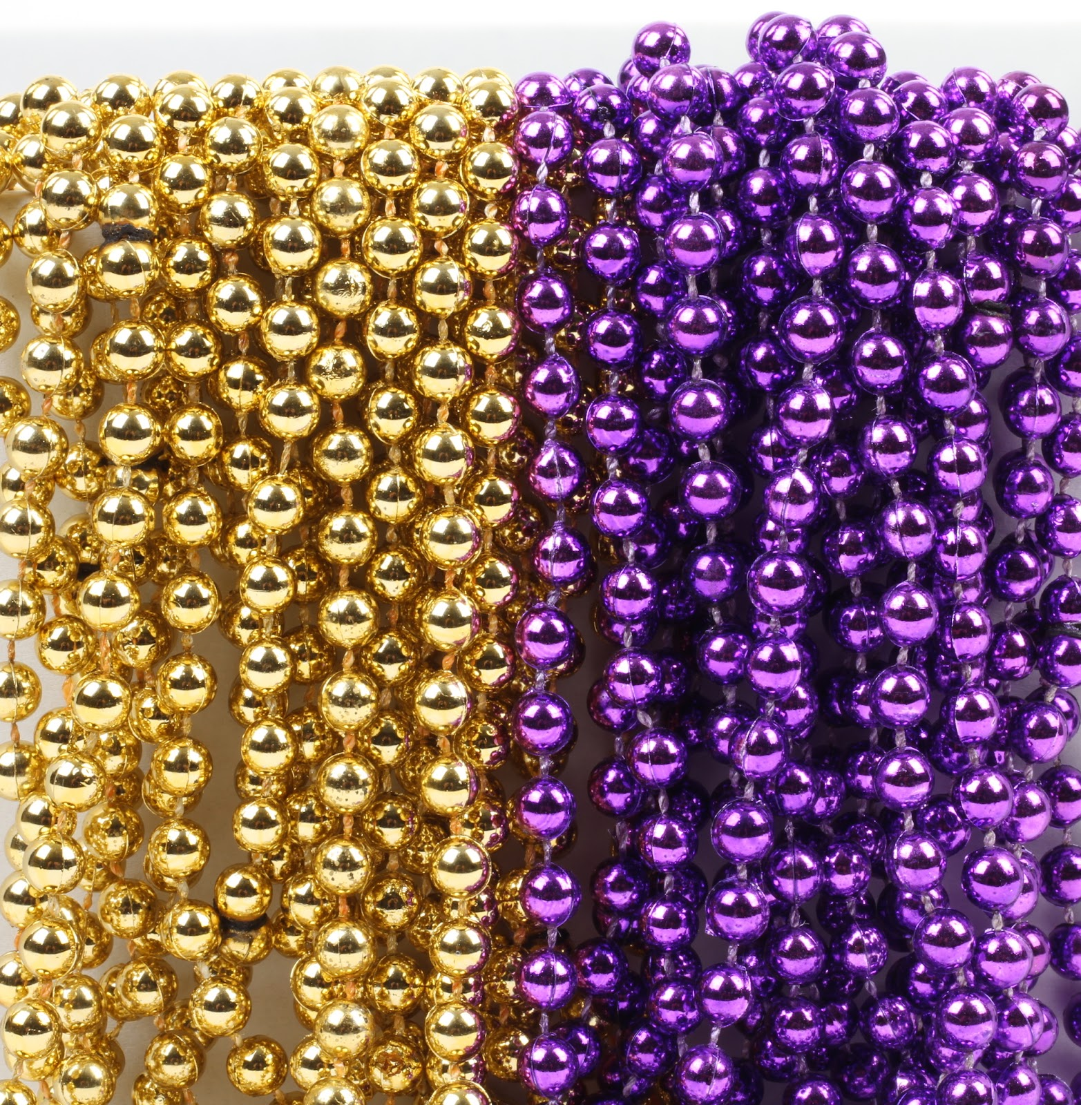 Mardi Gras Plastic Bead Necklaces Duo for Graduation Party Favors and Decorations, Purple and Gold, 24-Pack