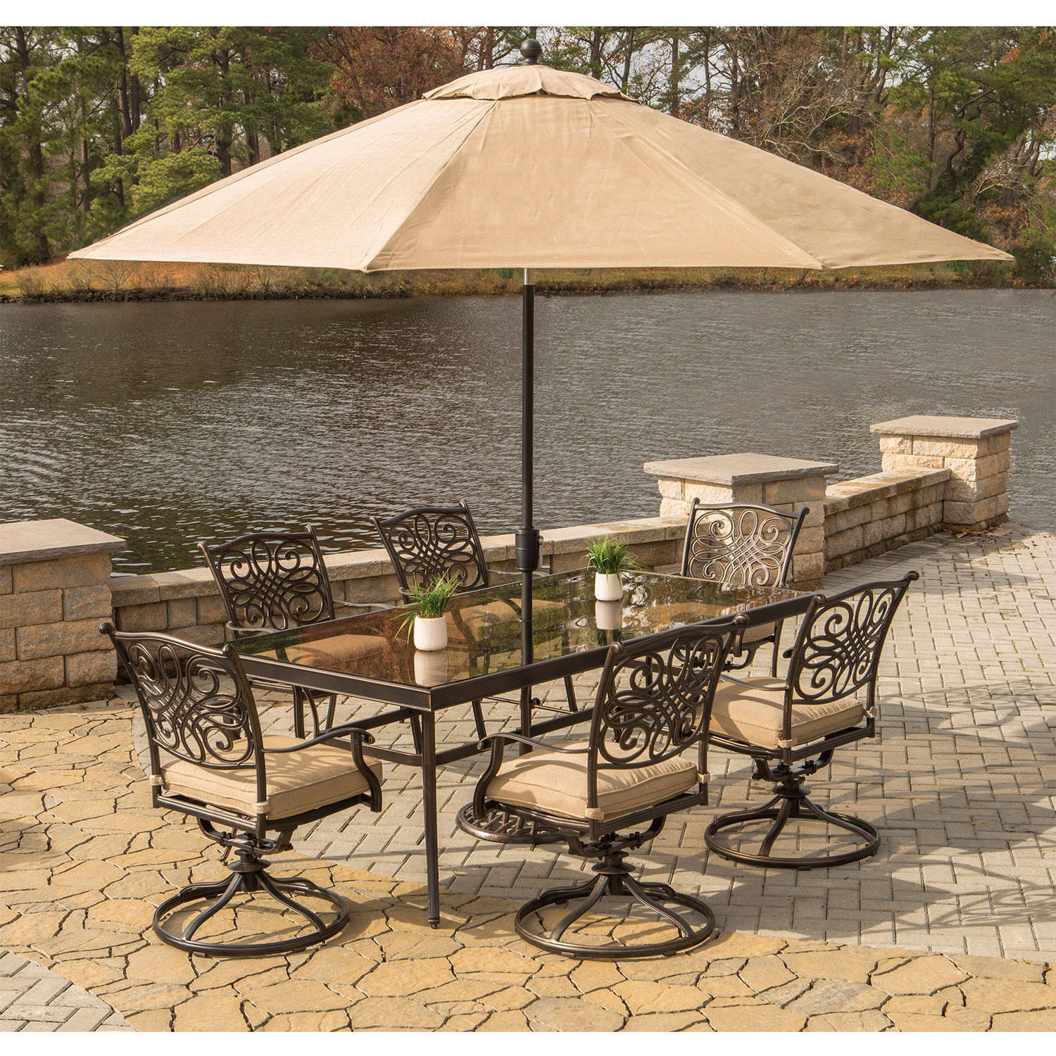 """Hanover Outdoor Traditions 7-Piece Dining Set with with 42"""" x 84"""" Glass-Top Table, 6 Swivel Rockers and Umbrella w/Stand"""
