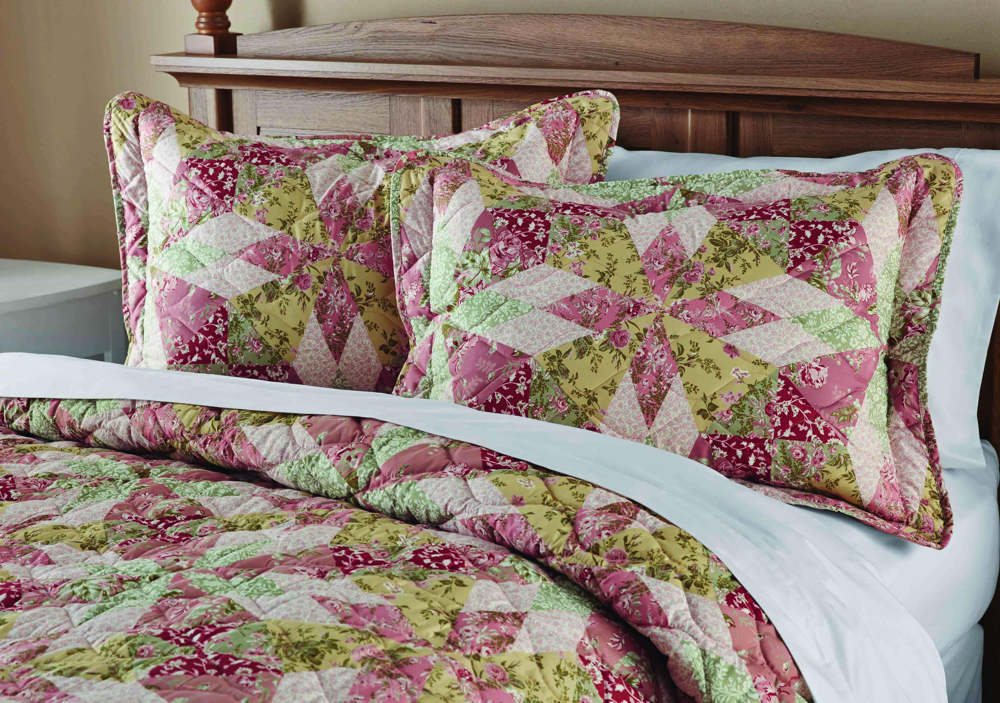 Mainstays Antique Garden Quilt Collection