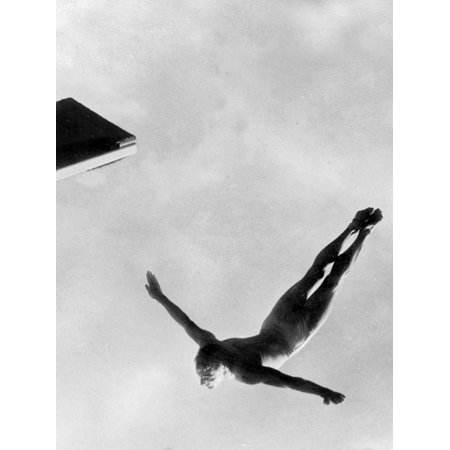 Olympic Games in Helsinki : Diving During Swimming Events July 29, 1952 Print Wall Art - Olympic Themed Events