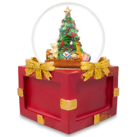 Insert 4 Pictures in a Christmas Tree Snow Globe Music -