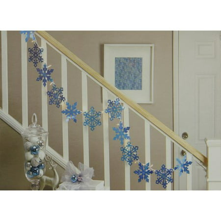 Northlight Seasonal Holographic Snowflake Christmas Light Garland with 35 Mini Light