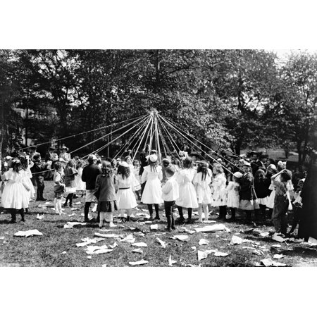 NYC Central Park Maypole Dance 1905 Rolled Canvas Art - Science Source (36 x 24)