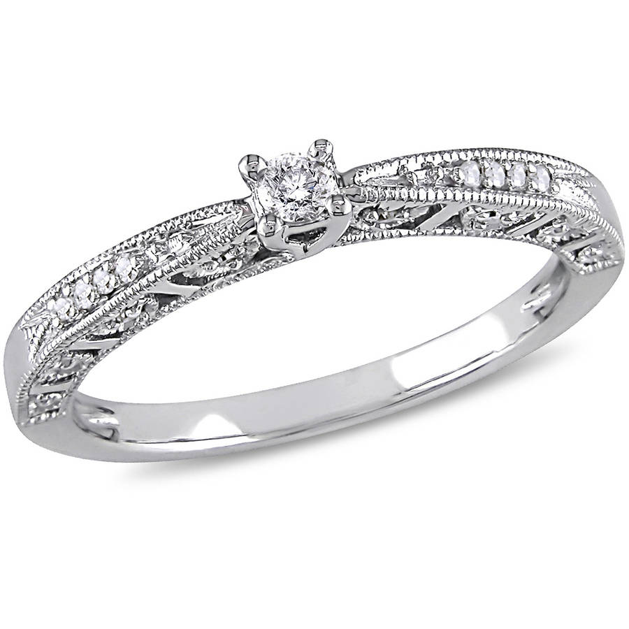 1/10 Carat T.W. Diamond Promise Ring in 10kt White Gold