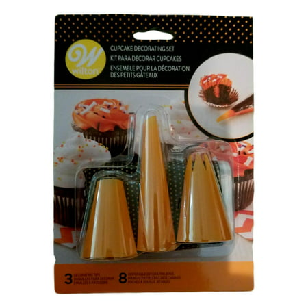Halloween Cupcake Decoration Kit 3 pc Wilton Tips Orange and 8 Bags - Halloween Easy Cupcakes