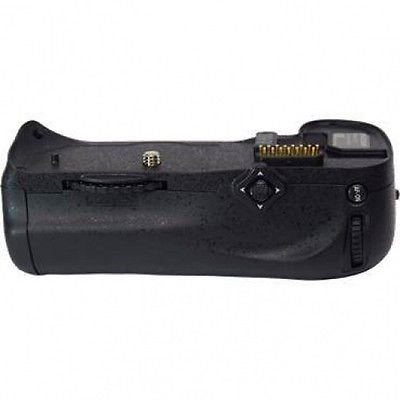 MBD10 Multi-Power Battery Grip for Nikon D300, Nikon D700, Nikon D900 (D300 Battery Grip)