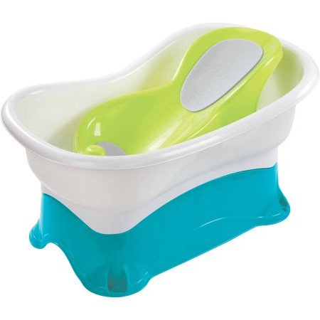 Summer Infant Comfort Height  Bath Center With Step Stool