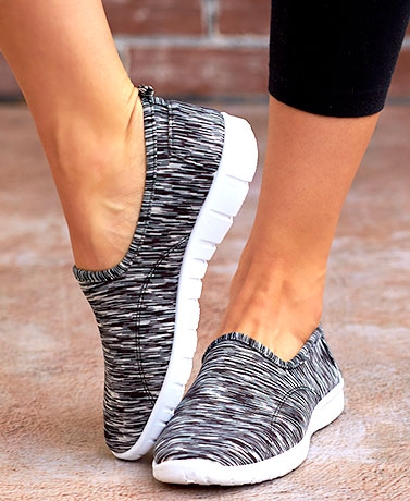 The Lakeside Collection Memory Foam Sneakers Black 9 by