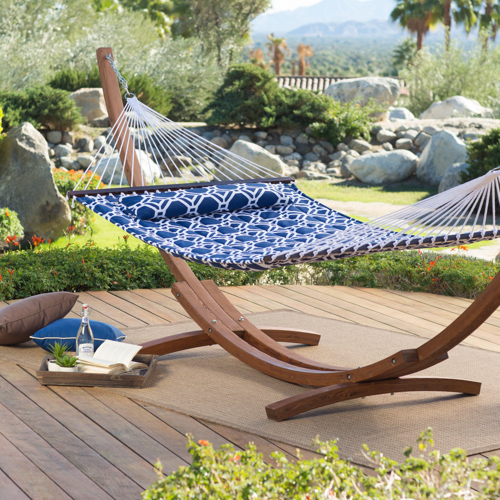 Island Bay 13 ft. Hampton Lattice Quilted Hammock with Russian Pine Stand