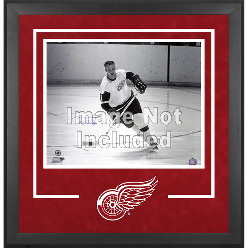 NHL - Detroit Red Wings Deluxe 16x20 Horizontal Photograph Frame