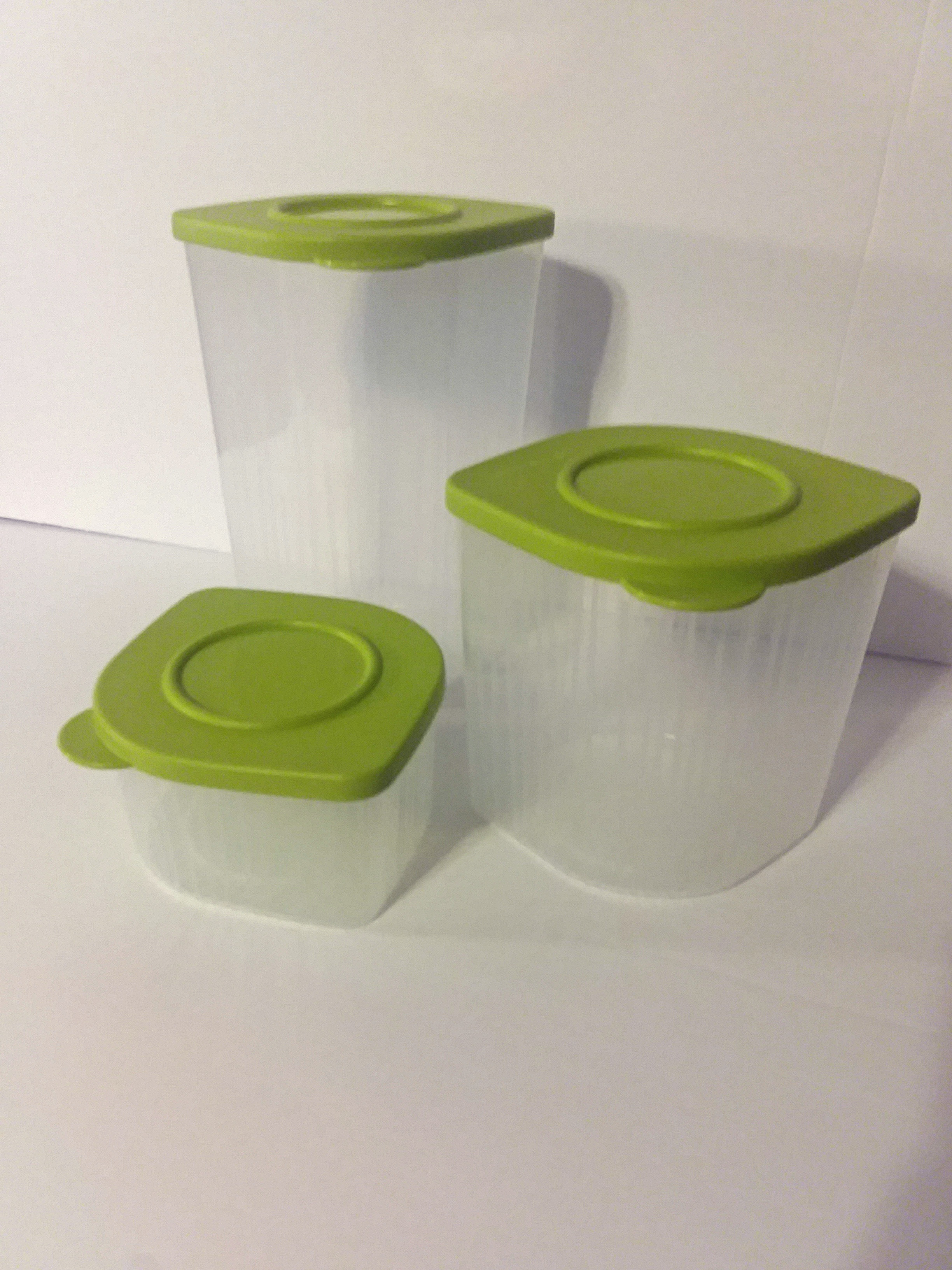 Tupperware Fresh N Cool Set of 10 Fridge Storage Containers Blue Green Purple