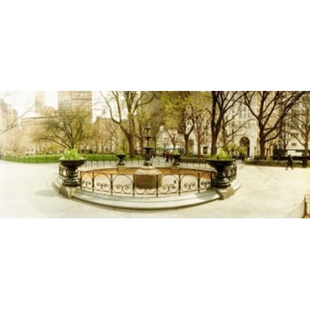 Manhattan Wall Fountain - Fountain in Madison Square Park in the spring Manhattan New York City New York State USA Canvas Art - Panoramic Images (30 x 13)