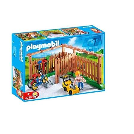 Playmobil Backyard