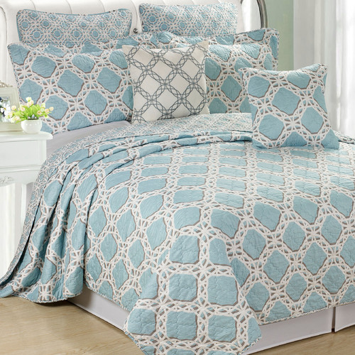 Serenta Monroe Reversible Coverlet Set