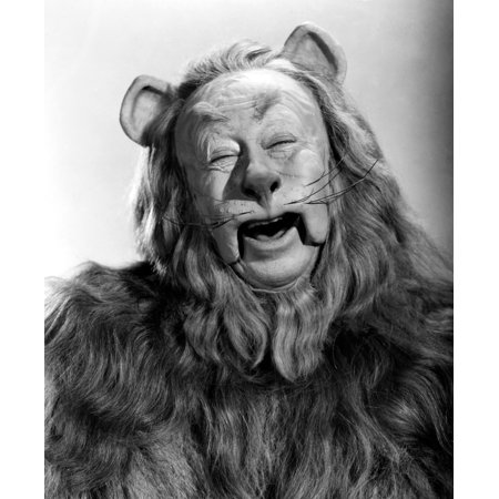 Cowardly Lion In Wizard Of Oz (Wizard Of Oz 1939 Nbert Lahr As The Cowardly Lion In The 1939 Mgm Production Of The Wizard Of Oz Poster Print by Granger)