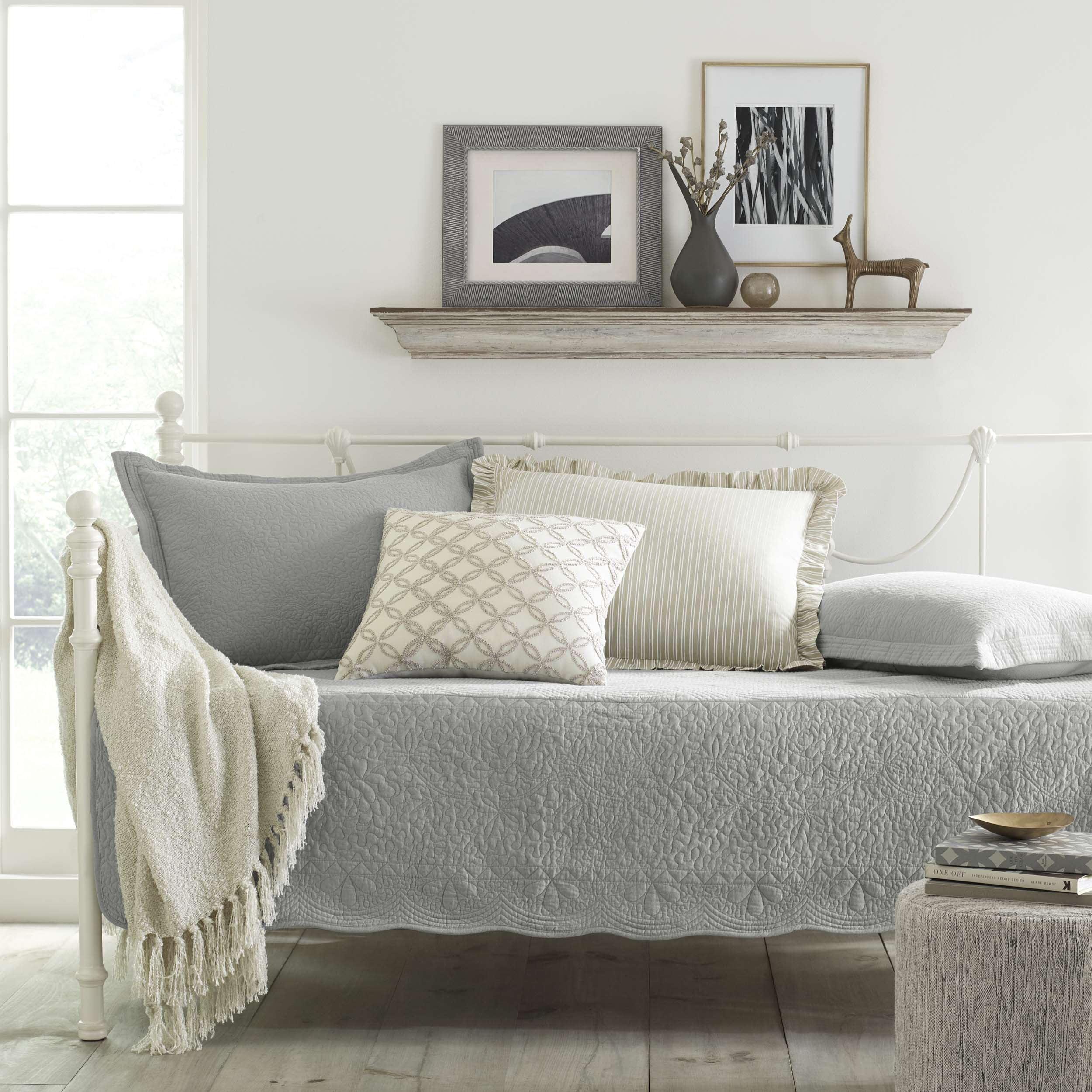Stone Cottage Trellis Grey Daybed Set