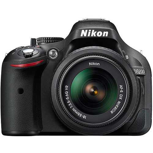 Nikon DSLR D5200 Camera w/Nikon 18-140mm VR DX Lens