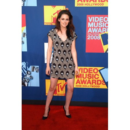 Kristen Stewart At Arrivals For 2008 Mtv Video Music Awards - Vma Arrivals Paramount Studios Los Angeles Ca September 07 2008 Photo By Tony GonzalezEverett Collection Celebrity](Kristen Stewart Halloween)