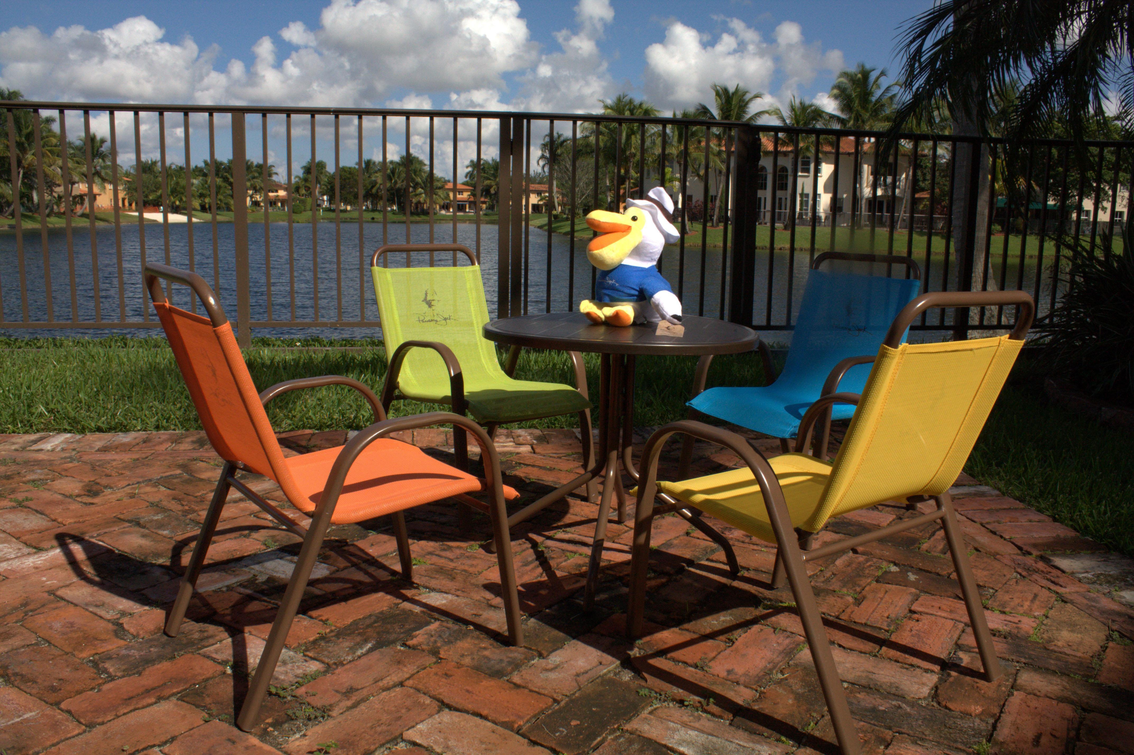 Panama Jack Kids 5 Piece Outdoor Dining Set Multicolored