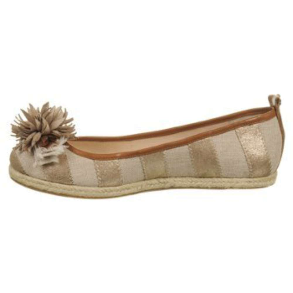 Juicy Couture Womens Gianna Closed Toe Espadrille Flats by Juicy Couture