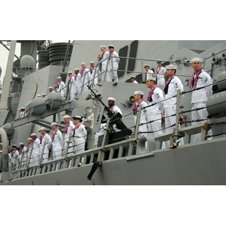 LAMINATED POSTER Sailors aboard the Arleigh Burke-class guided-missile destroyer USS Hopper (DDG 70) man the rails a Poster Print 24 x