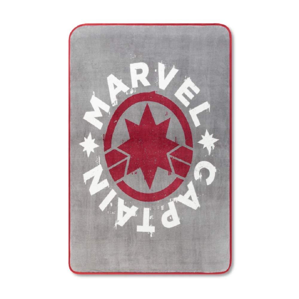 "Captain Marvel 46""x60"" Throw Blanket"