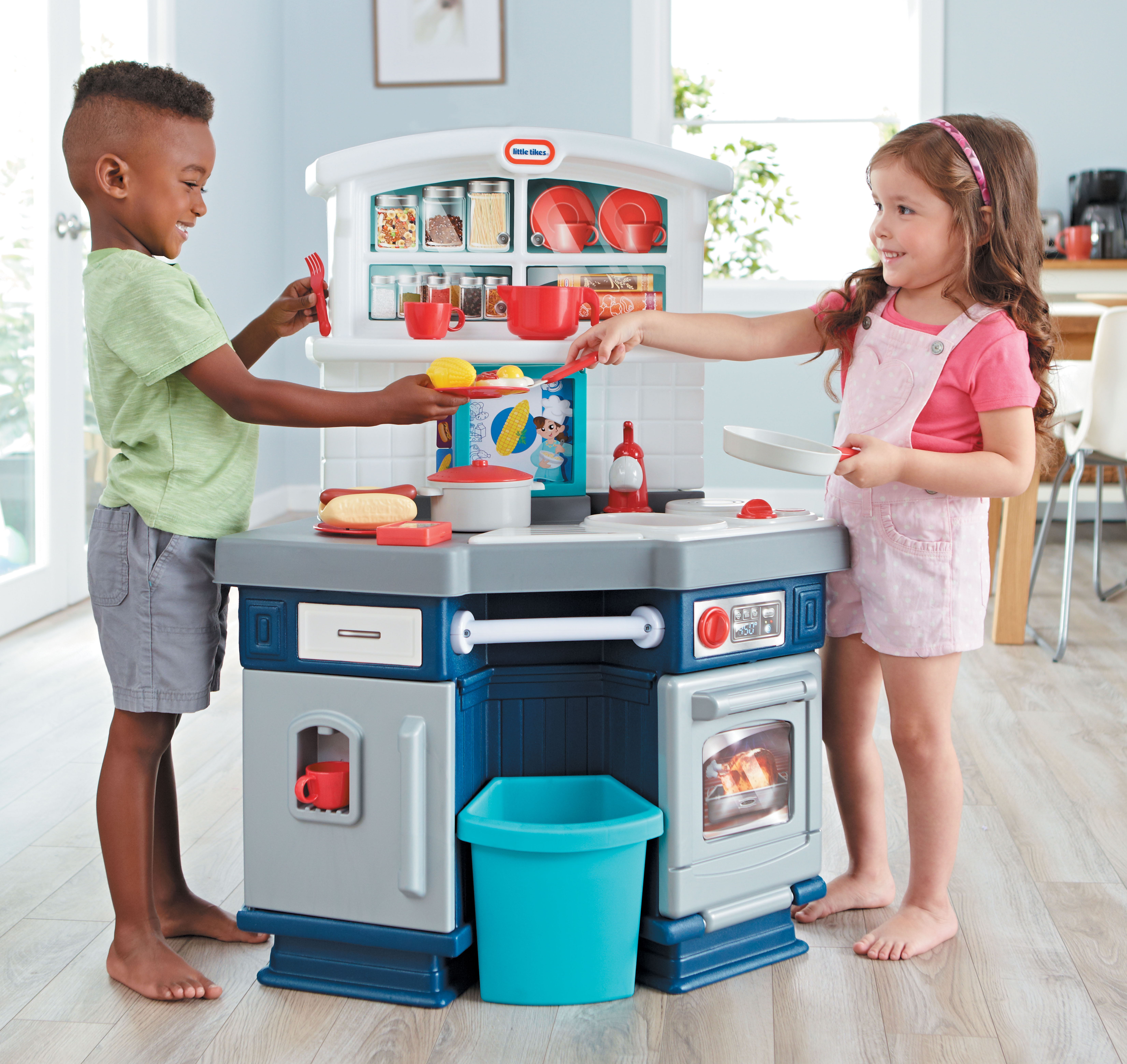 Beau Little Tikes Cook With Me Kitchen