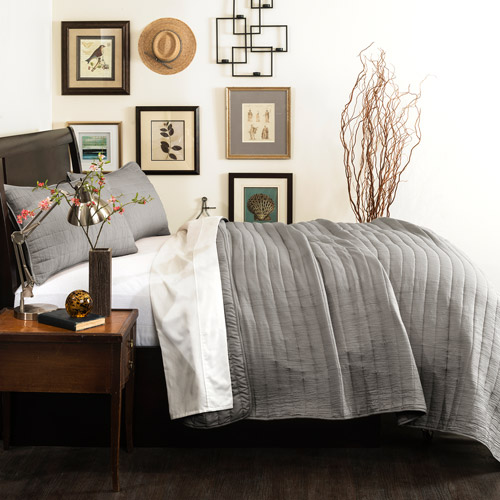 Lush Decor Crinkle Solid Quilt
