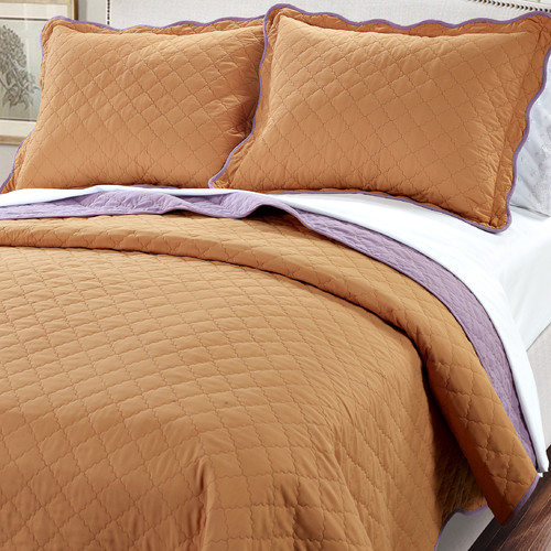 Serenta 3 Piece Reversible Quilt Set