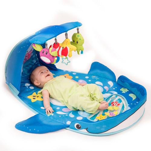 Infantino Wonder Whale Kicks & Giggles Gym by Infantino
