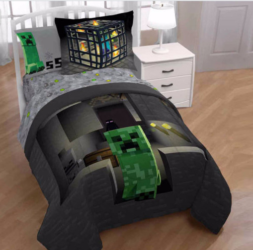 Minecraft Builders Boys Twin Comforter, Sheets & BONUS PILLOW SHAM J (5 Piece Bed In A Bag)