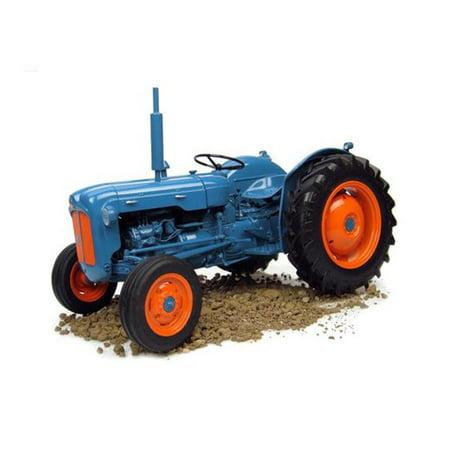 Fordson Farm (1958 Fordson Dexta Tractor Toys, 14 Years)