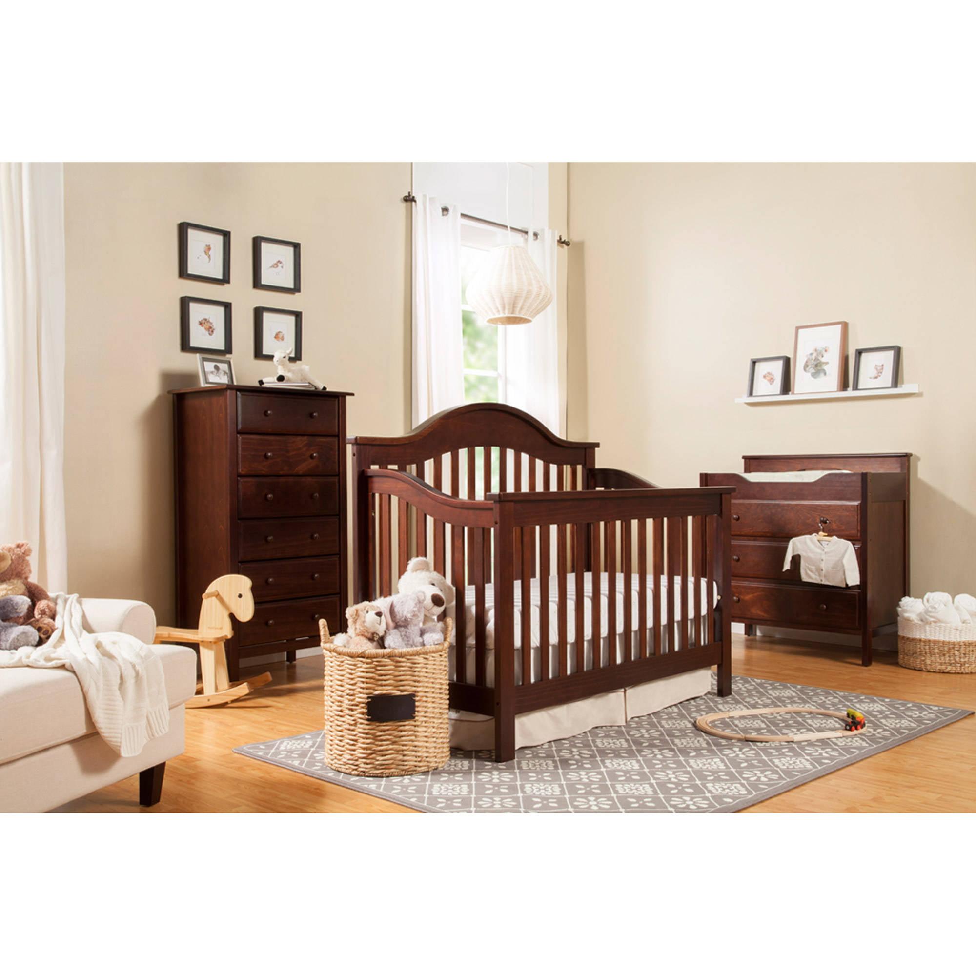 DaVinci Jayden 4-in-1 Convertible Crib with Toddler Rail, Espresso