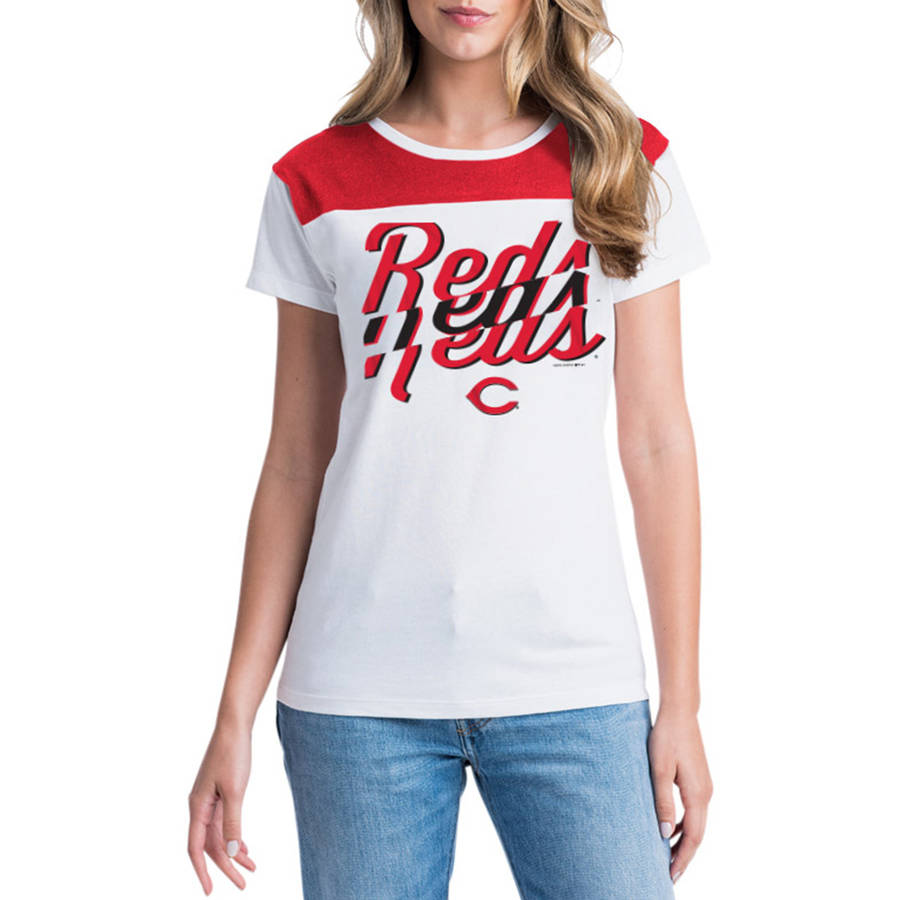 MLB Cincinnati Reds Women's Short Sleeve White Graphic Tee