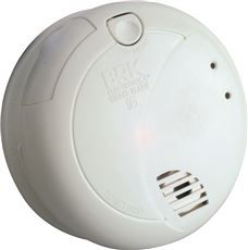 First Alert 7010B Smoke Alarm With Photoelectric Sensor & Battery Backup