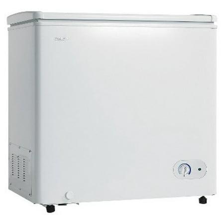 Danby DCF072A2WDB1 Chest Freezer, 7.2 Cubic Feet, White [7.2 cu.ft. Chest]