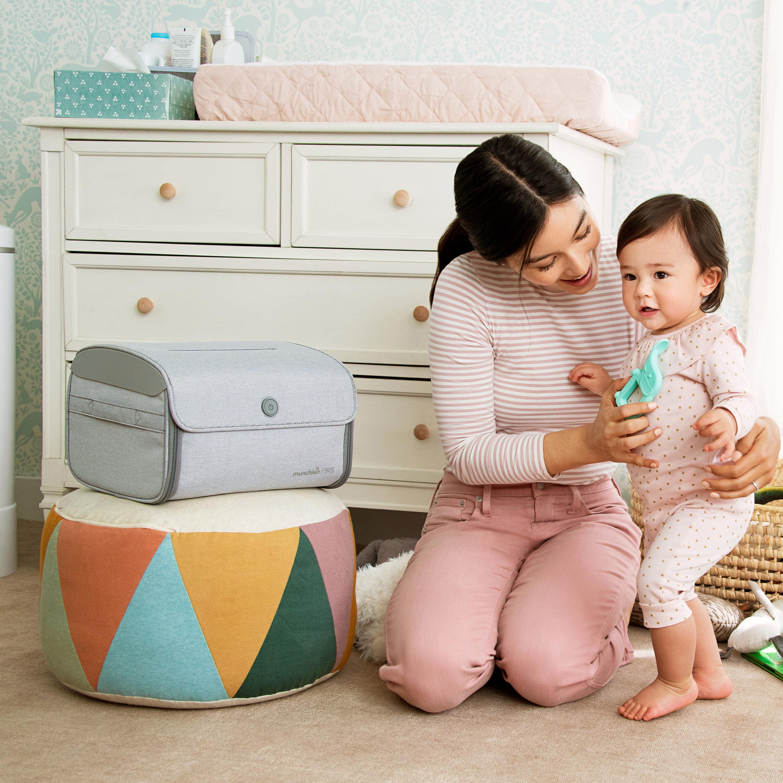 Viruses /& Bacteria Munchkin Nursery /& Toy UV Sterilizer Kills 99/% of Germs