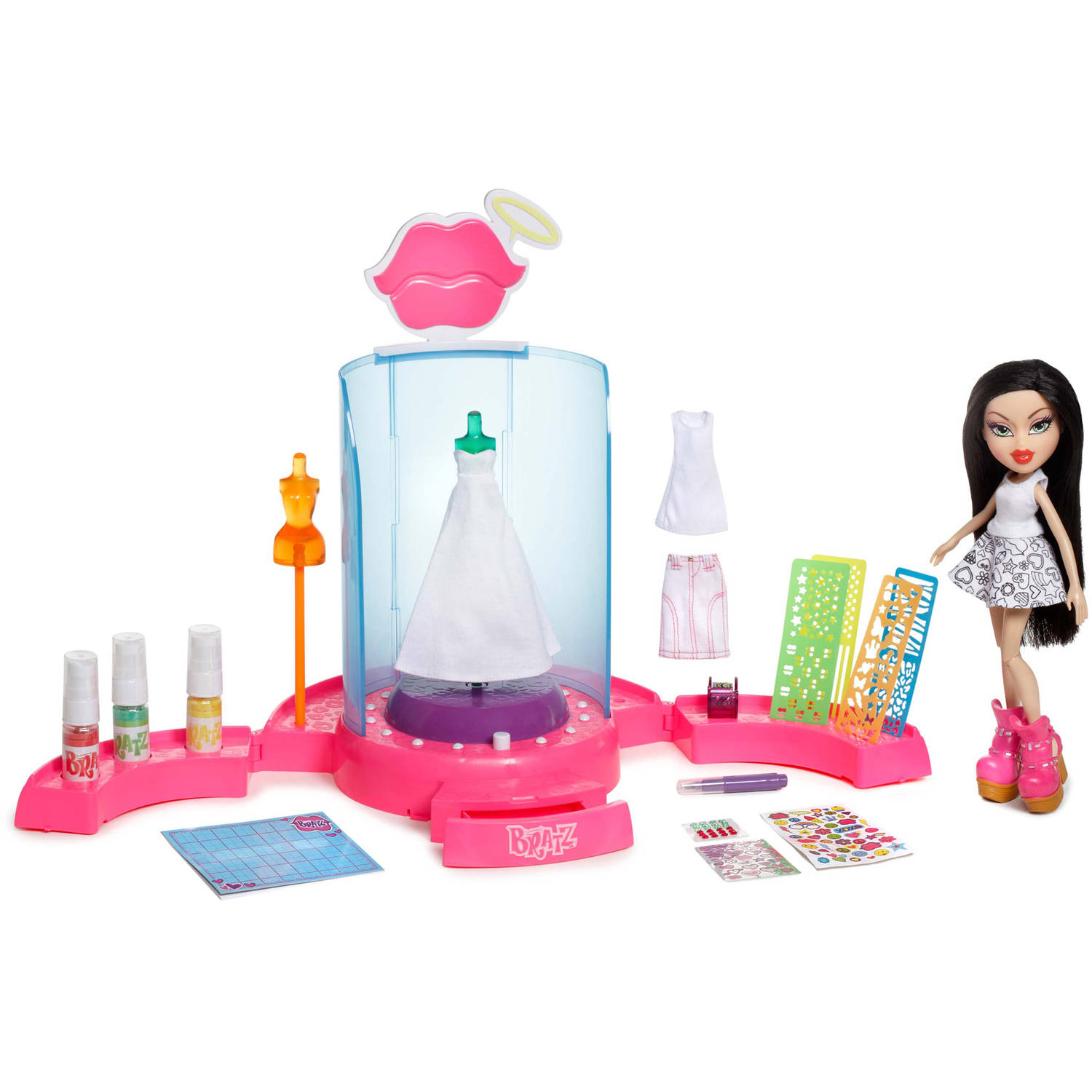 Bratz Create It Yourself Fashion Playset with Doll