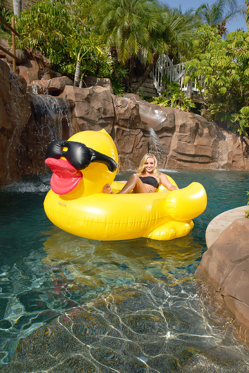 GAME Inflatable Riding Derby Duck