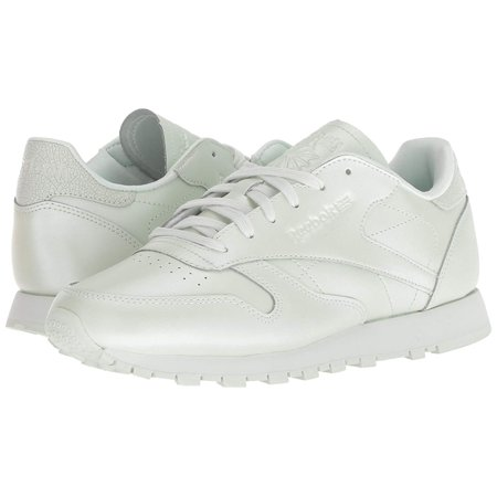Reebok Womens Classic Leather Low Top Lace Up Running Sneaker