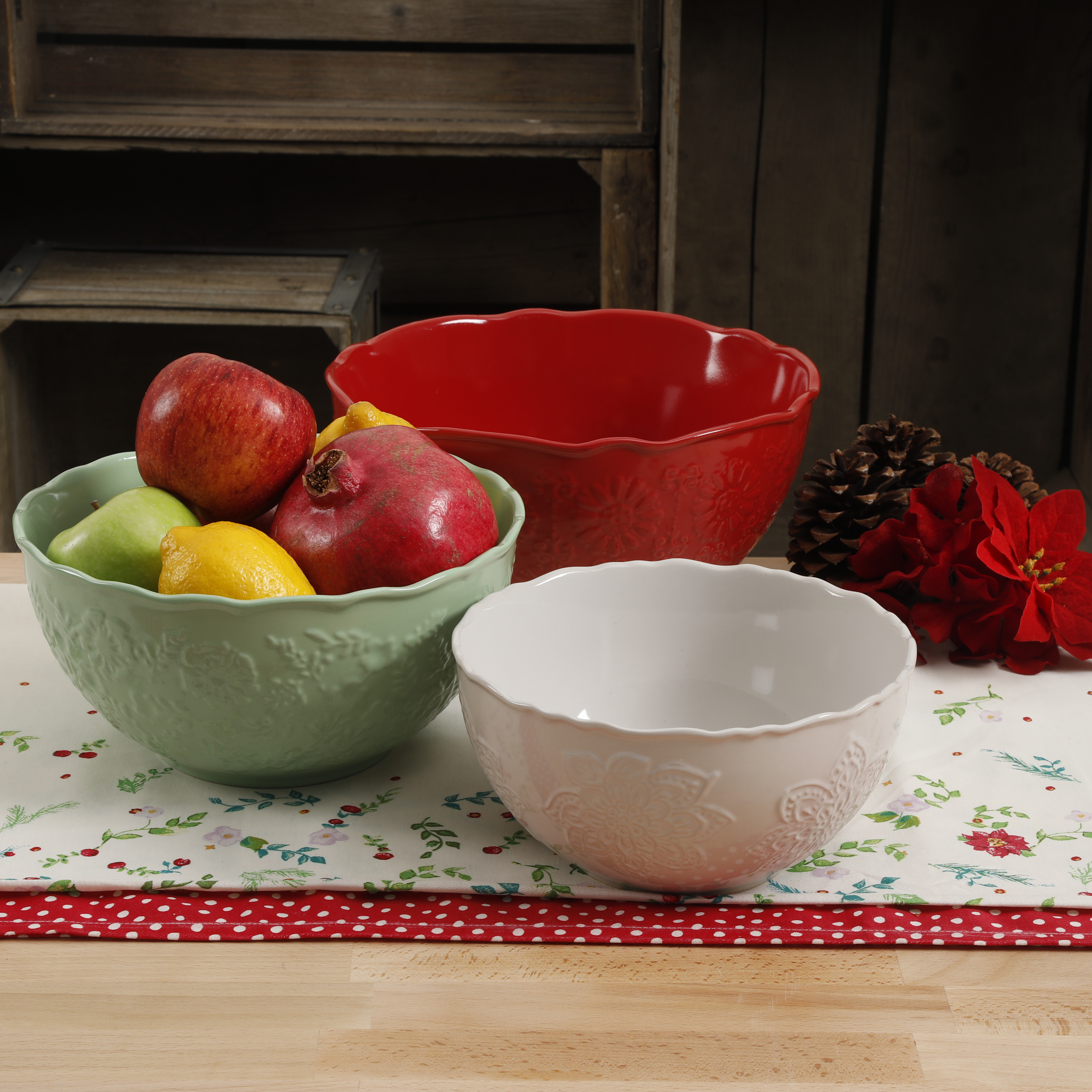 The Pioneer Woman Holiday 3-Piece Mixing Bowl Set by Gibson Overseas Inc
