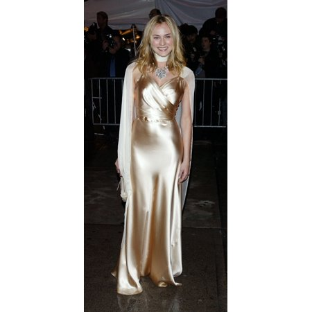 Actress Diane Kruger Arrives At The Costume Institute Party Of The Year At The Met April 26 2004 In New York City Celebrity