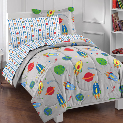 Dream Factory Space Rocket Complete Bed in a Bag Bedding Set by CHF Industries Inc