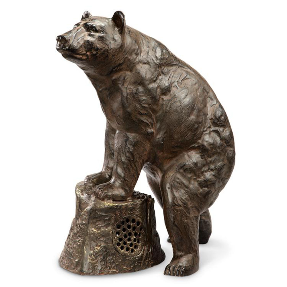 Sierra Bear Garden Statue Built In  Bluetooth Speaker