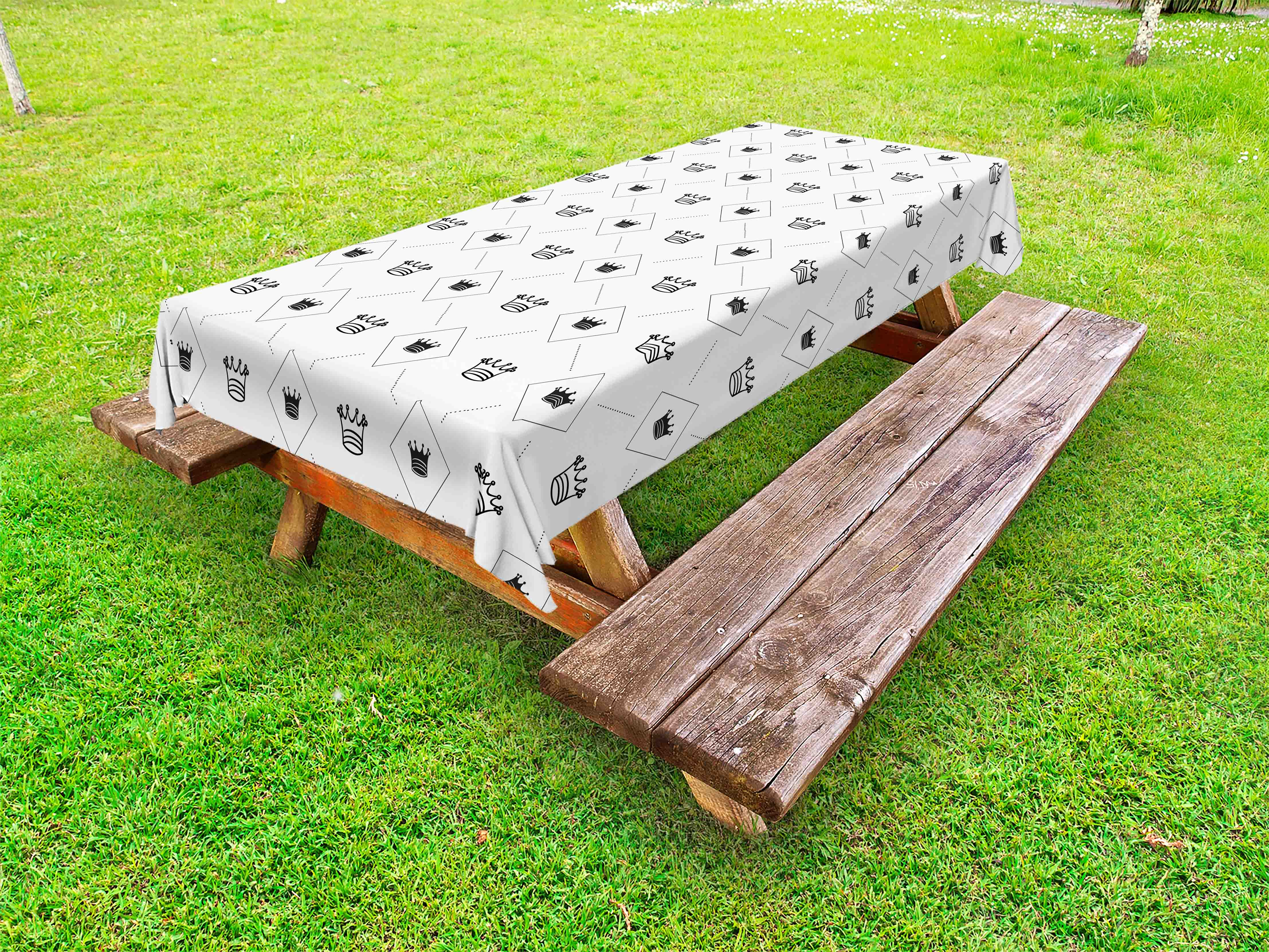 Abstract outdoor tablecloth minimalist stylized modern motif cute crowns and dots artistic graphic design decorative washable fabric picnic table cloth