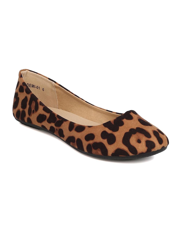 Refresh - Women Faux Suede Leopard Flat