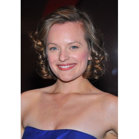 Stretched Canvas Art   Elisabeth Moss  Wearing Reem Acra Dress  At Arrivals For Glamour Woman Of The Year Awards   Medium 16 X 20 Inch Wall Art Decor Size