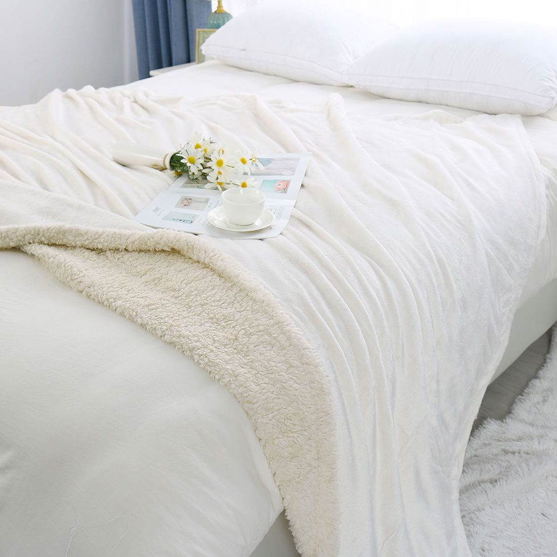 """Reversible Double Sided Plush Fleece Twin Size Blanket with Berber Reverse for Couch and Bed,White 60"""" x 78"""""""